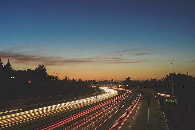 světla na dálnici.jpg