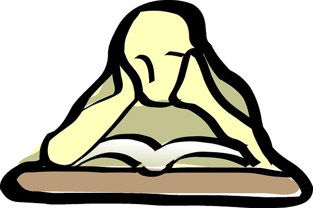 osoba nad knihou